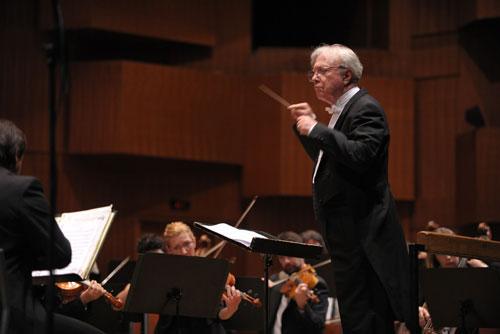 zg--filharmonija---crveni-ciklus-u-travnju